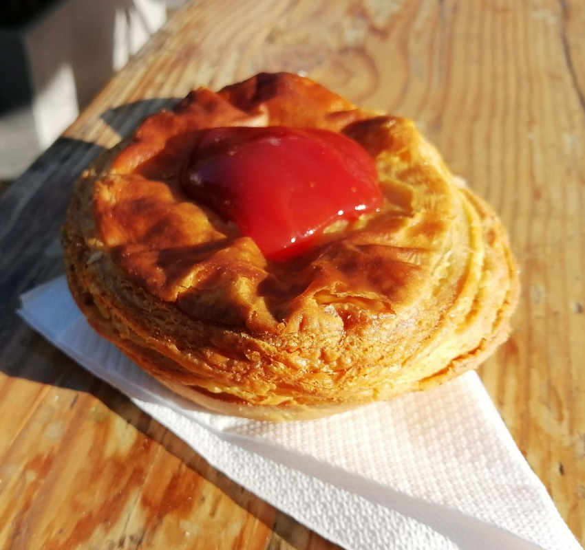 where to eat in Port Douglas pies