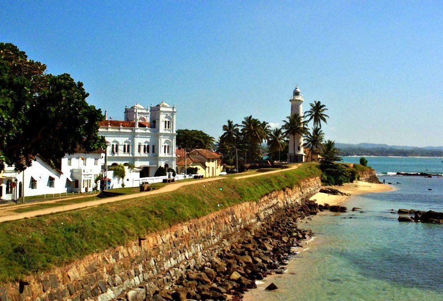 Getting from Colombo to Galle will allow you to see this lovely lighthouse in Galle Fort.